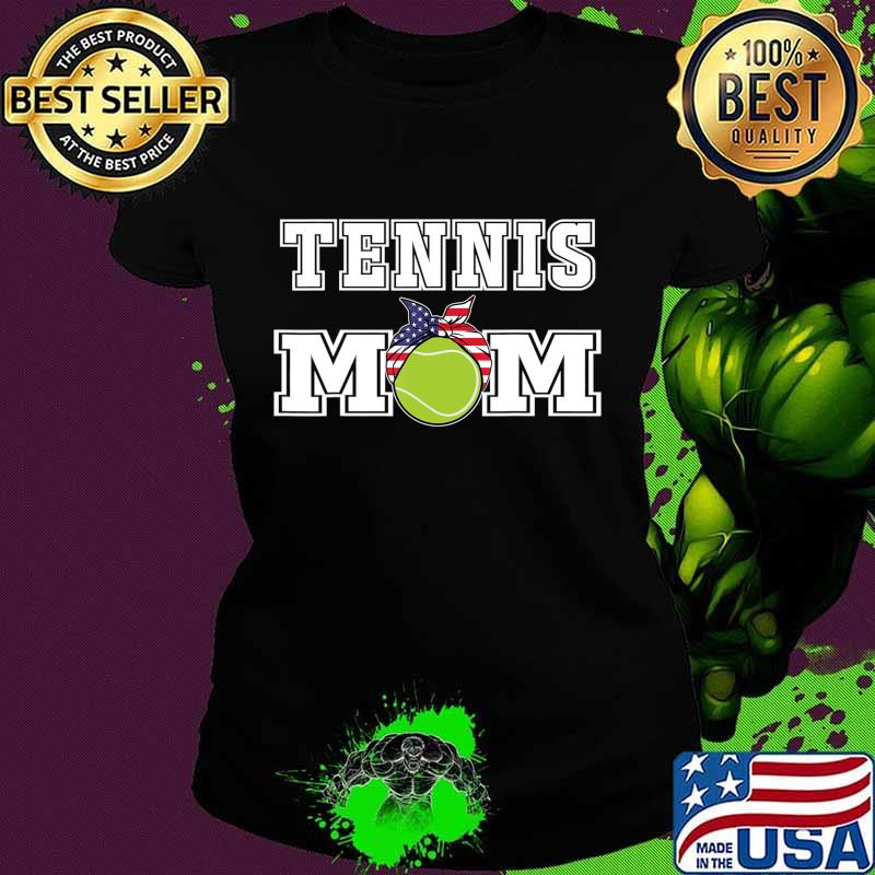 'Tennis Mom' Girls Gift for Mothers of Womens Tennis Players T-Shirt Ladies tee